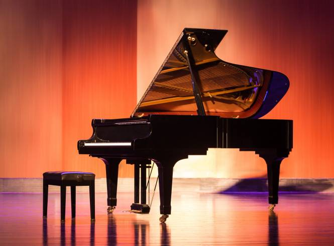 Shiny Piano on stage